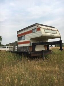 25' flatbed fifth wheel with camper