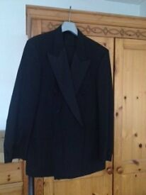 Dinner Suite - 40 Long jacket 34R Trousers