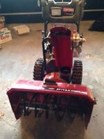 "CRAFTSMAN 1350 27"" SNOWTHROWER"