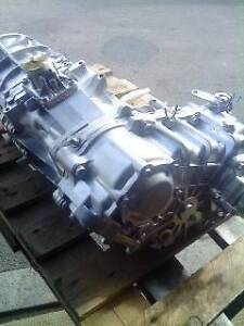 Toyota Land Cruiser HZJ 78 / 79 Gearbox & Transter case Canning Vale Canning Area Preview