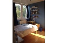 Short Term Sub-Let in Large Double Room in Putney