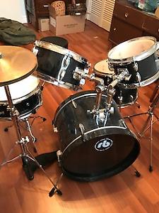 Junior 7-piece Drum Set