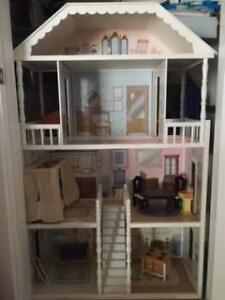Doll House with furniture Tamworth Tamworth City Preview