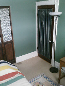 Room with ensuite bath, cooking, laundry, utilities, internet