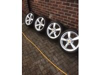 Porsche 18inch alloy wheels