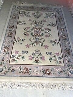 Rug-Oriental Rug, in pure wool and hand woven. Excel cond.