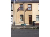 3 bedroom house available to rent. Dean Street Newport. NO AGENCY FEES