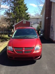 2005 Dodge Grand Caravan se Minivan, Van  low K.M