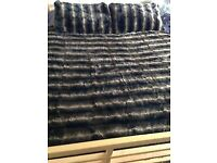 Gorgeorgeous Mixed Brown (Faux) Fur Bed throw, cover, blanket, with matching pillowcases - ex Cond