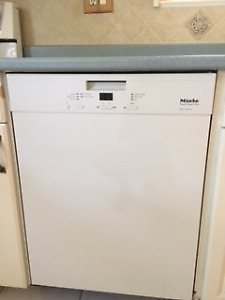 Almost new Miele Dishwasher!