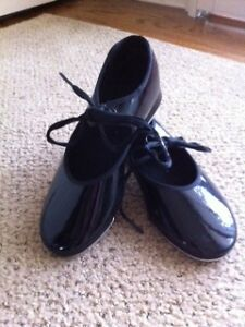 Tap Shoes - child size 13W
