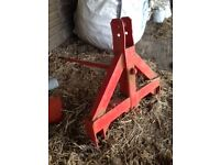 Tractor round bale spike/ bale lifter