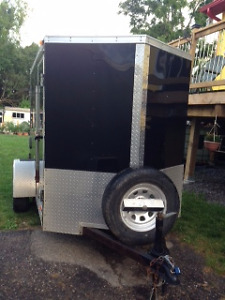 5x8 v-nose Enclosed Trailer (2014)-excellent condition