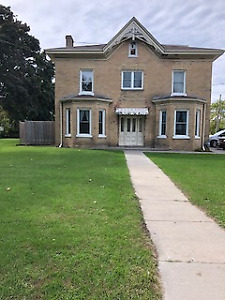1 Bedroom Apartment for rent George St Cobourg