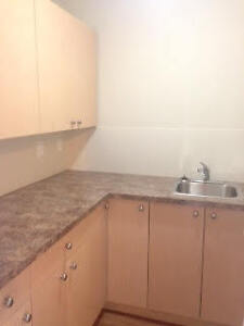 Renovated One Bedroom in Brooks