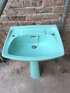 Twyfords large wide sink and pedestal