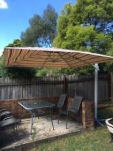 Octagonal Canitilever Umbrella with Metal base Ryde Ryde Area Preview