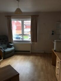 Double rooms in New Malden for only £350 - £450 incl. bills