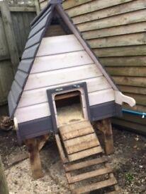 Chicken Coop Flyte So Fancy Hobby Long Legged Hen House