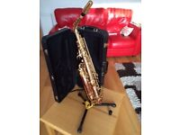 Yanagisawa A901 Alto Saxophone Gold Lacquer with strap, mouthpiece and ligature