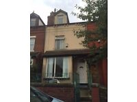 Studio Flat to LET in Beeston, Noster Terrace, From £85PW DSS Welcome over 35years