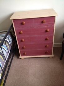 Chest of 4+2 drawers and matching bedside table with 3 drawers