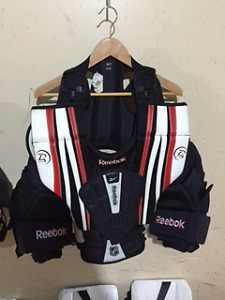 Vaughn\Reebok goalie chest protectors