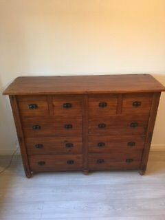 Wardrobe & Dresser/Chest of Drawers (Matching)