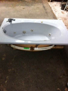 tub 5 ft by 3 ft