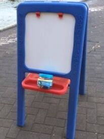 Early Learning Centre - Plastic Craft Easel, magnetic and chalk boards with magnetic letters
