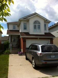 For Rent:  Detached home for Dec 1 - $1500