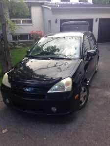 2004 Suzuki Aerio Hatchback (includes winter tires)