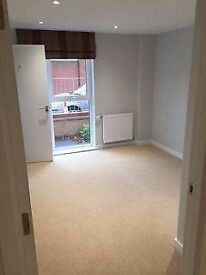 Double Ensuite and Double room Feltham High street
