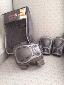 Elbow and Knee Pads - Women's Size Small