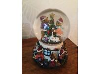 Jingle Bells musical snow globe