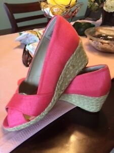 Brand New Expressions Shoes - Size 8