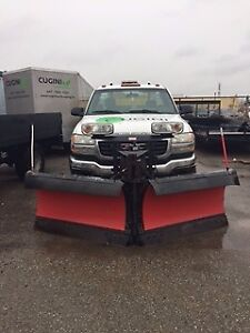 2003 GMC Sierra 2500 Pickup Truck ready with Plow and Salter