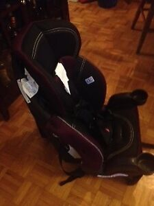 Evenflo Car Seat with 5 pt harness