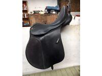 Black Wintec saddle 16 inches