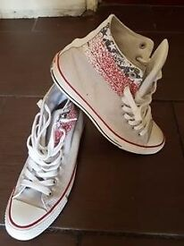 Means authentic converse trainers Size UK 8,5 EURO 42,5
