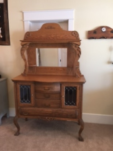 Beautiful antique sideboard / hutch/ buffet for sale