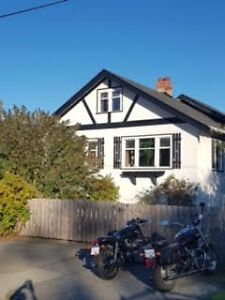 Beautiful Oak Bay \ Willows Beach Character Home for rent