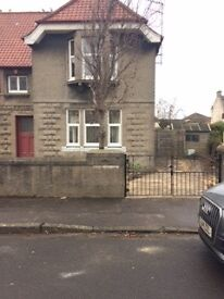 Large 3 bed with 2 bathrooms and driveway
