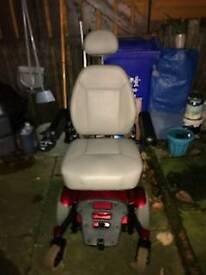 The jazzy select series power chair