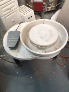 shimpo pottery wheel vl-lite only used a few times