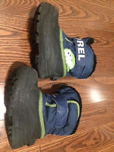 various sizes toddler/Unisex Used Winter Boots