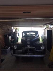 1946 Pontiac Other Sedan Hopeland Serpentine Area Preview