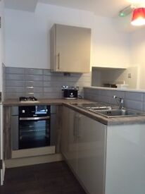 Available 5th July- Furnihsed & Includes all bills Studio apartment- Liverpool 3 City Centre