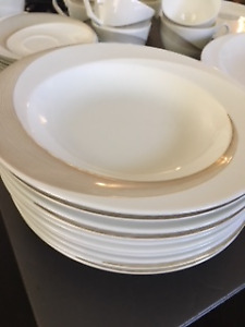 Wedgwood China Set For Sale