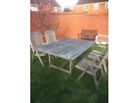 Extending Garden Table and 4 Charirs